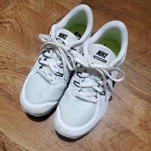 Women's Nike Free 5.0 Running shoes Size 7 White